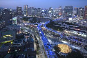 יפה גם בלילה - פארק רחוב סיאול החדש