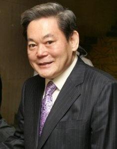 שחיתות בקוריאה - יו״ר סמסונג שוחרר לצורך קידום אולימפיאדת החורף